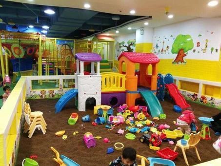 儿童游乐场经营范围_大型儿童乐园转让商场亲子游乐场转让会员1000+|关于店之家-让 ...